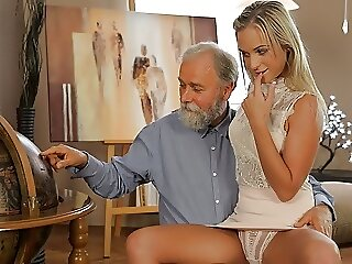 Sex blowjob blonde Tube